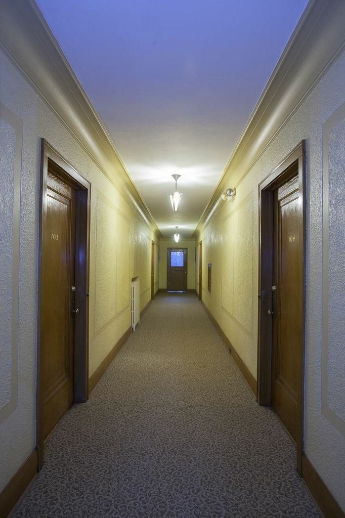 Uptown Mn Brownstone Apartment Hallway